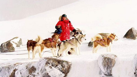 Film Antarktik: Okovani ledom (Eight Below)