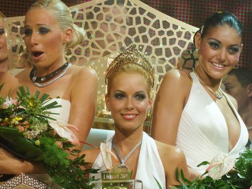 Serija Mis Plastike - Lepota skalpela (Miss Plastic - A Szikek Szepe (aka. Miss Plastic - The Beauty Of The Scalpel))